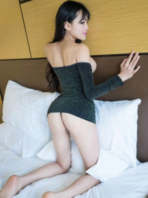 Girl Escort Monalisa & Call Girl in Pune